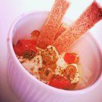 cocotte di feta al forno , pomodorini e olive