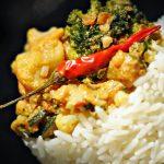 riso basmati con verdure saltate al latte di cocco e curry